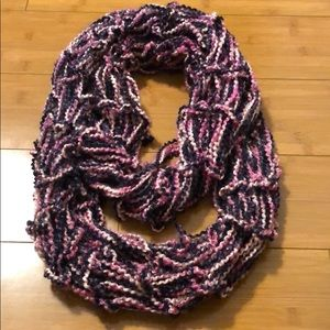 pink and purple loose knit infinity scarf
